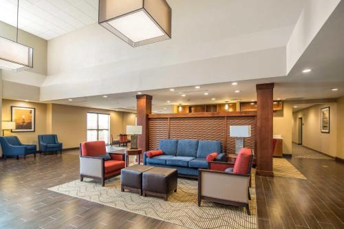 Comfort Suites - Dodge City Photo