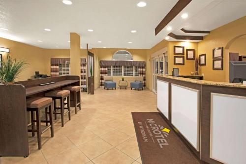 Microtel Inn & Suites - Cartersville - Cartersville, GA 30120