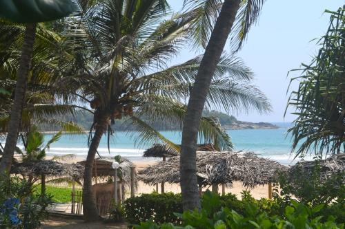Yoho Villa Jayananda Photo