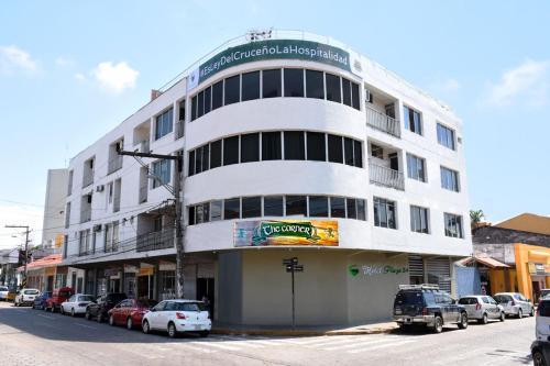 HotelHotel Plaza 24