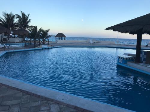 Cancun Condo Rent Photo