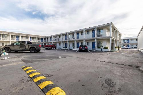 Motel 6 San Rafael Photo