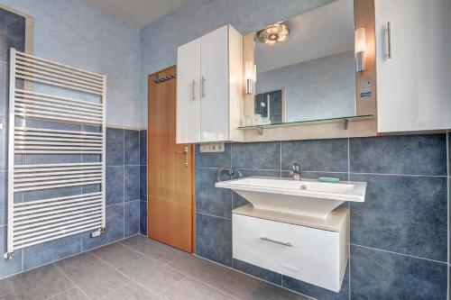 Hotel Villa Seeschlößchen photo 71