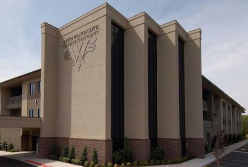 Foto de South Walton Suites and Spa - Bentonville