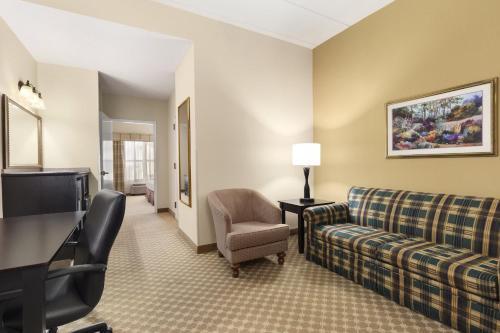 Country Inn & Suites by Radisson, Frackville (Pottsville), PA Photo