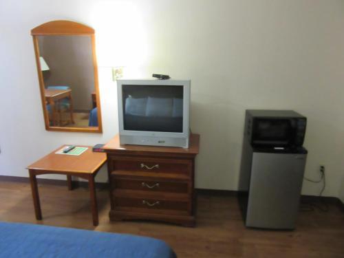 Royal Inn & Suite- Jonesboro - Jonesboro, GA 30236