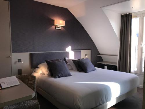 Hôtel Jacques De Molay photo 53