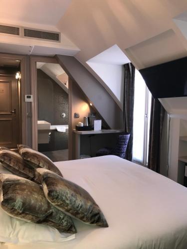Hôtel Jacques De Molay photo 10