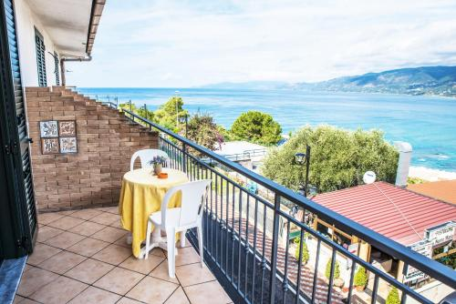 Hotel Le Terrazze Residence (Palinuro) da 140€ - Volagratis