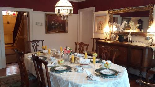 Historic Wilson Guy House Bed U0026 Breakfast Niagara On The Lake