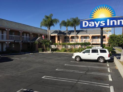 Days Inn Whittier Photo