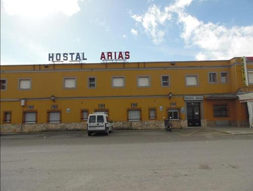 Hostal Arias