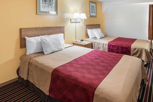 Rodeway Inn & Suites Austin Photo