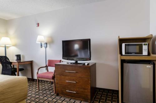 Quality Inn Osceola Photo