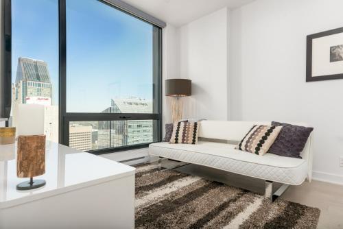 One-bedroom On Avenue Des Canadiens-de-montreal By Sonder