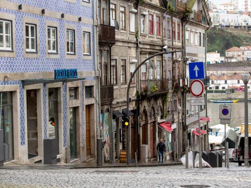 Bluesock Hostels Porto Photo