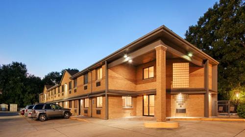 Best Western Riverside Inn Photo