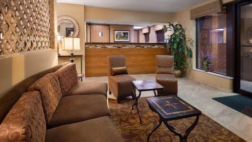 Best Western Princeton Manor Inn & Suites - Monmouth Junction, NJ 08852