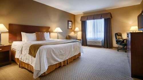 Best Western Plus Montezuma Inn and Suites Photo
