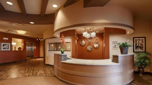 Best Western Plus Tupelo Inn & Suites - Tupelo, MS 38804