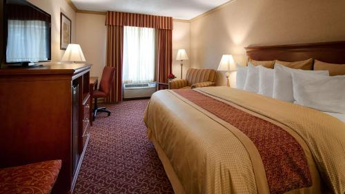 Best Western PLUS Morristown Inn Photo