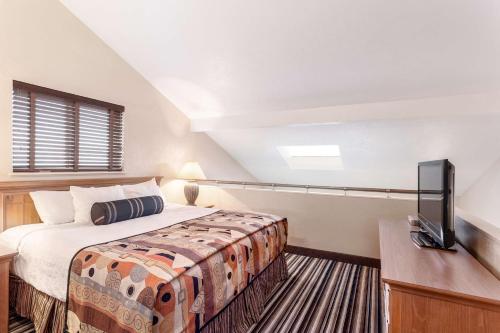 Best Western Plus Lincoln Sands Oceanfront Suites Photo