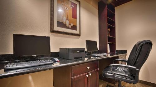 Best Western Plus Manvel Inn U0026 Suites Hotel