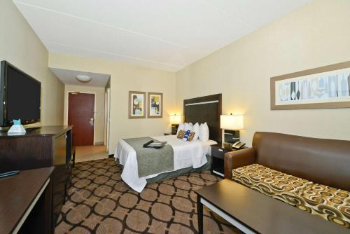 Best Western Plus Travel Hotel Toronto Airport photo 20