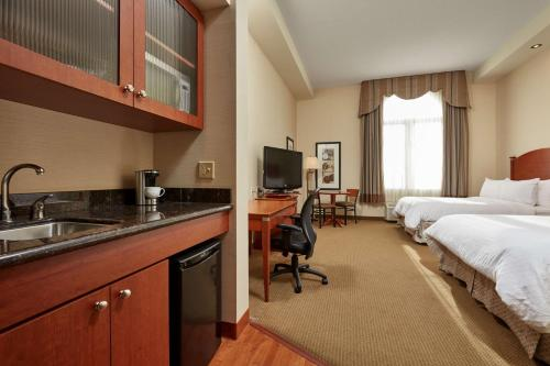 Best Western Plus Orangeville Inn & Suites - Orangeville, ON L9W 0A2