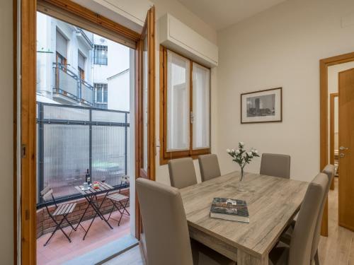 Federighi Halldis Apartment