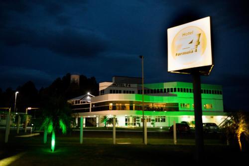 Hotel Formula 4 Photo