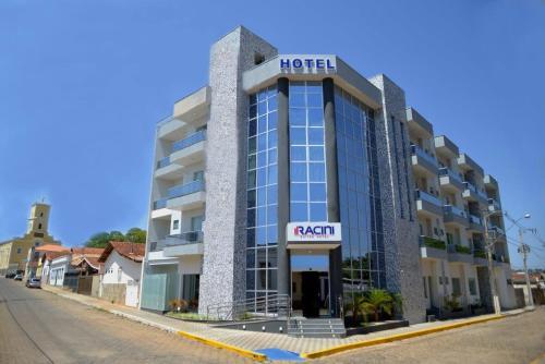 Foto de Racini Suites Hotel