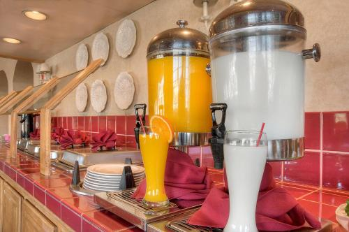 Mariani's Inn & Restaurant photo 9