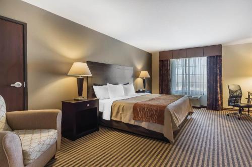 Comfort Inn & Suites Newton