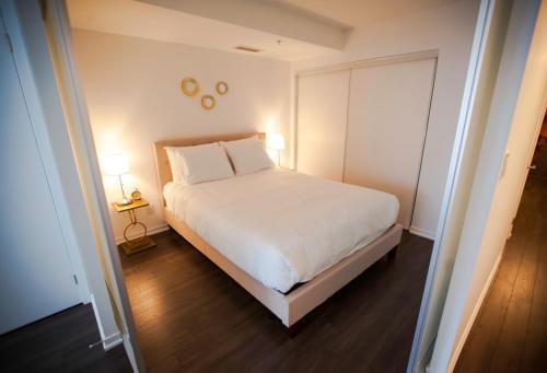 Life Suites Queen Street 2 Bed Apartment