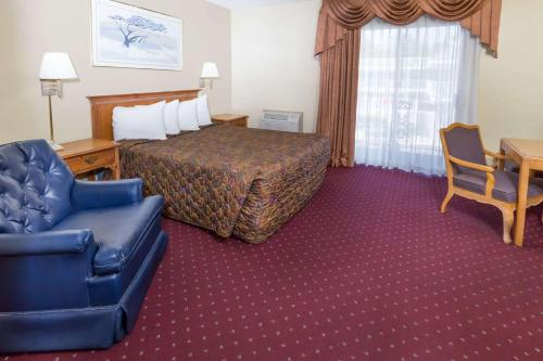 Days Inn Medford Photo