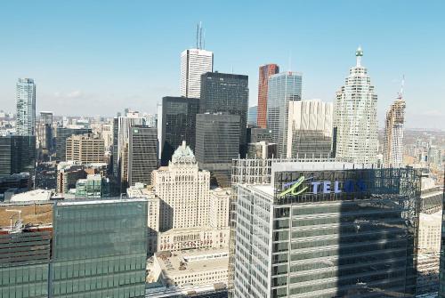 Hav-inn Suites- Union Station & Financial District - Toronto, ON M5J 0B1