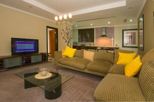 The Penthouse at Raphael 207 Photo