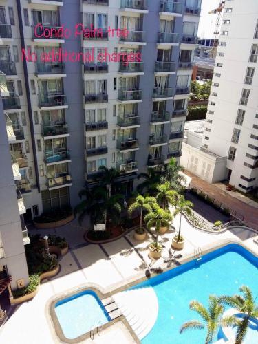 HotelCondo Palm Tree