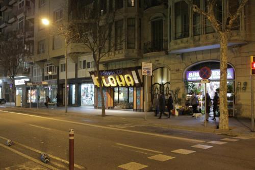 Apartamentos-Paal Barcelona Provença153 photo 5
