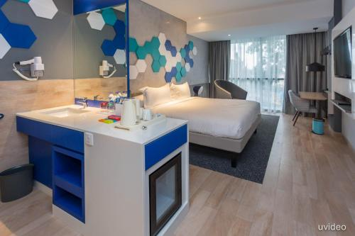 ibis Styles Batam Nagoya photo 11