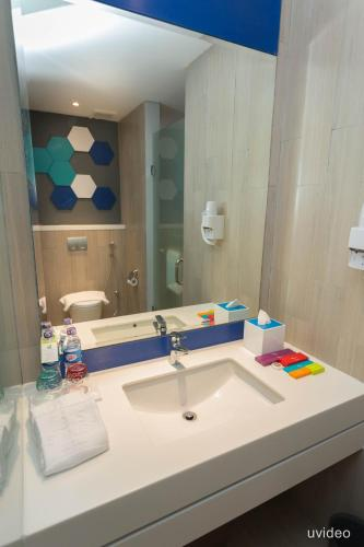 ibis Styles Batam Nagoya photo 20