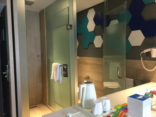 ibis Styles Batam Nagoya photo 29