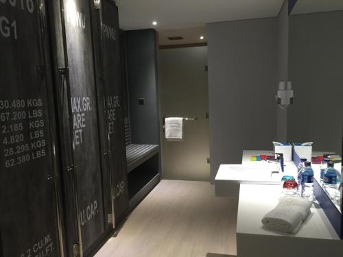 ibis Styles Batam Nagoya photo 31