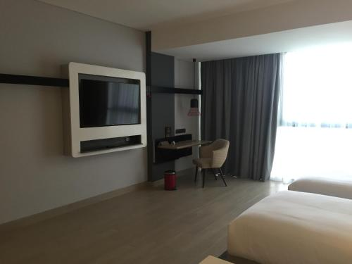 ibis Styles Batam Nagoya photo 38