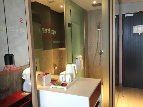 ibis Styles Batam Nagoya photo 40