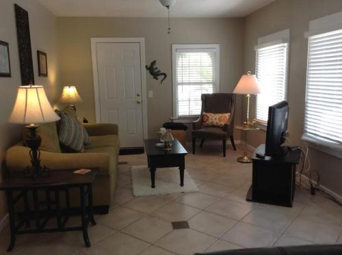 Two Bedroom Paradise Cove Unit 1