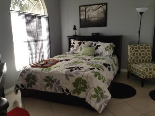 One Bedroom Paradise Cove Unit 7