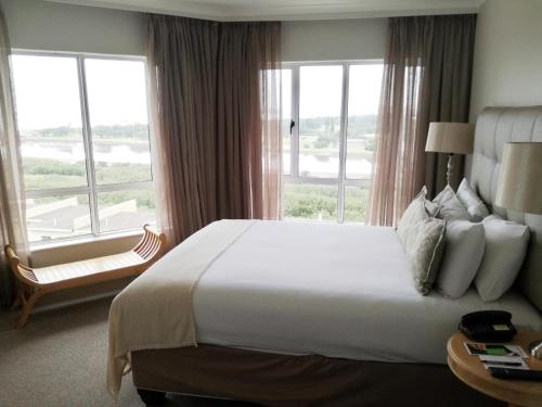aha The Riverside Hotel Photo