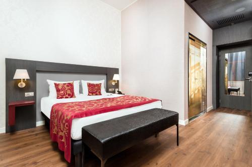 Hotel Palazzo Zichy - 34 of 54